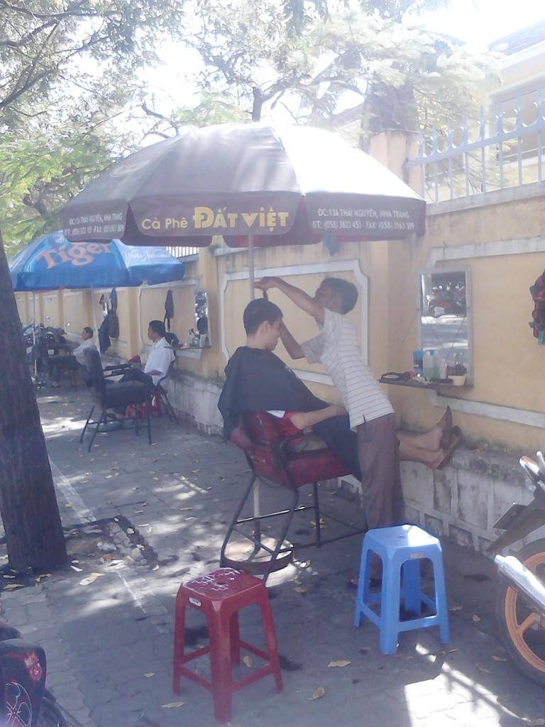sidewalk barbers