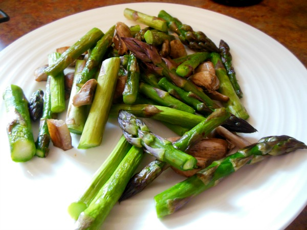 sauteed mushrooms and asparagus
