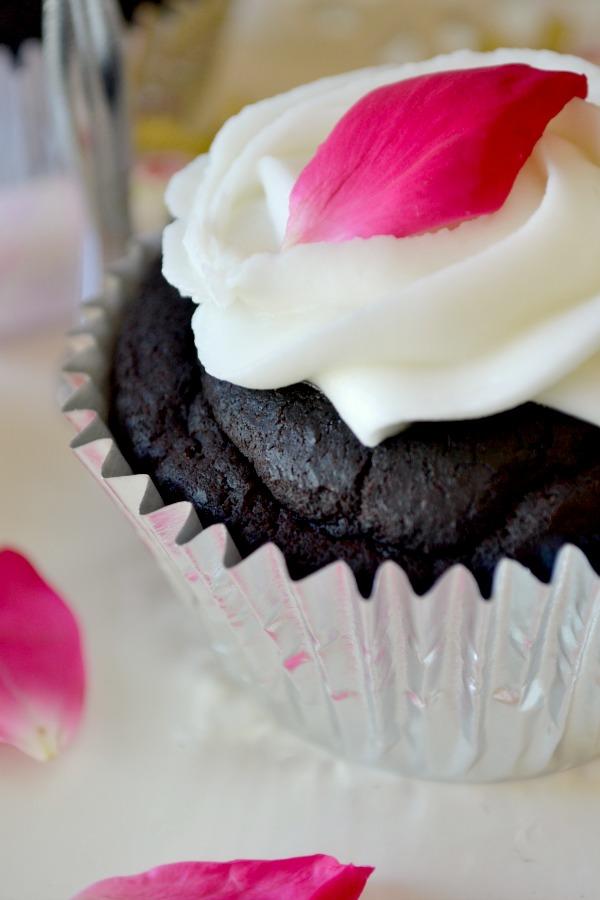 fudgy vegan beet cupcake