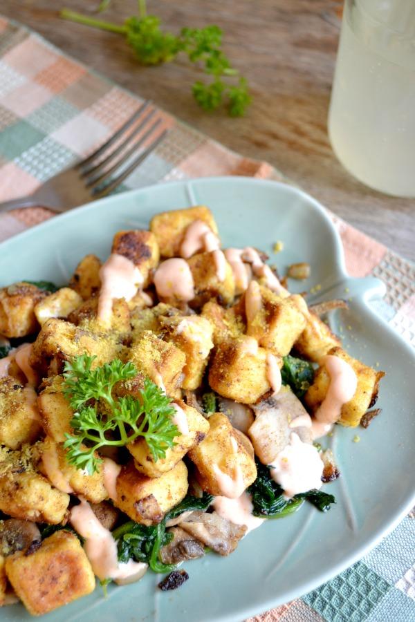popcorn tofu chikin & sauteed veggies